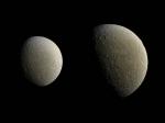 Cassini получил самые четкие снимки второй повеличине луны Сатурна