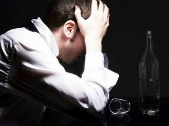 Алкоголики крайне редко страдают откатаракты исердечных приступов