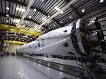 SpaceX снова попробует поймать первую ступень ракеты-носителя