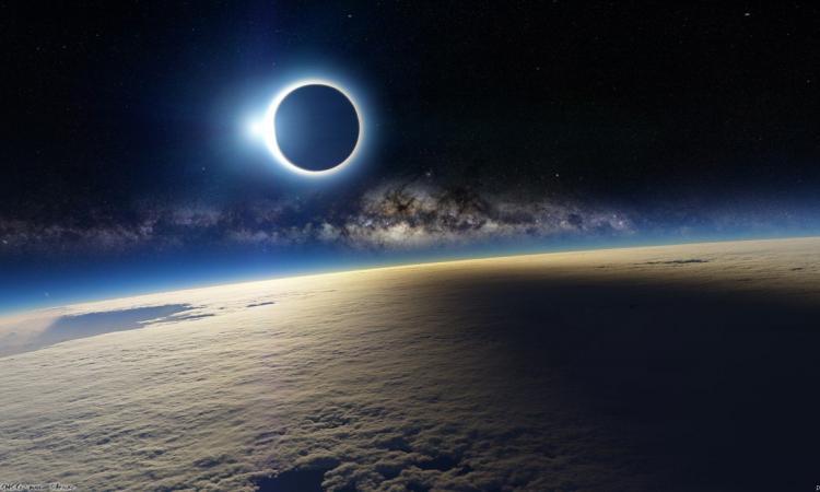 Ученые: Луна уничтожит Солнце через 650 миллионов лет