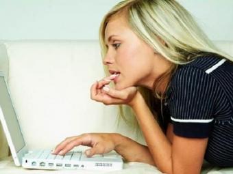 Психологи пояснили, почему людям нерекомендуется читать злые комментарии