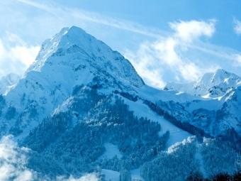 ВСочи спасатели сняли соскалы 3 сноубордистов
