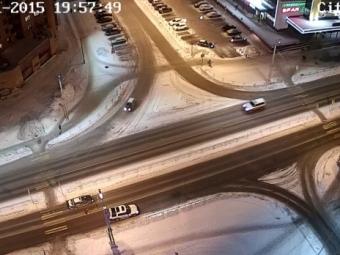 Машина аварийной службы сбила пешехода вПетрозаводске