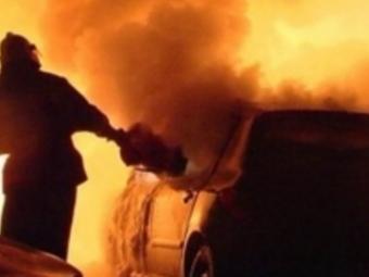 ВКалининграде загорелись два автомобиля