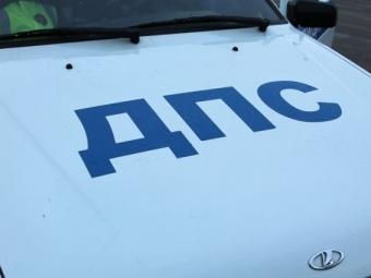 Полицейский на«Ниссане» врезался вУАЗ, пострадал ребенок