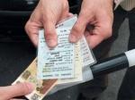 ВБрянске сотрудник ДПС подозревается ввымогательстве взятки