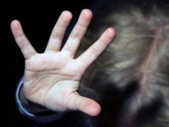 Житель Башкирии изнасиловал впоезде двух девочек