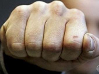 Житель Мокшанского района жестоко избил престарелую мать