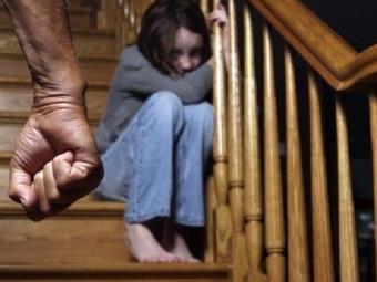 Житель Казани изнасиловал свою малолетнюю дочь