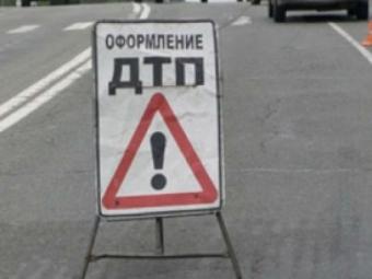 Вмаршрутке, врезавшейся вдерево наПулковском, пострадал пассажир— ГИБДД