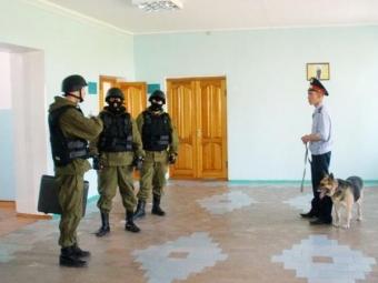 Школу вМоскве эвакуировали из-за ложного сигнала системы пожаротушения