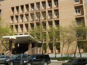 Обвиняемый вубийстве порезал себе шею вздании суда вМоскве