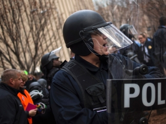 ВАтланте сотрудник полиции застрелил безоружного мужчину