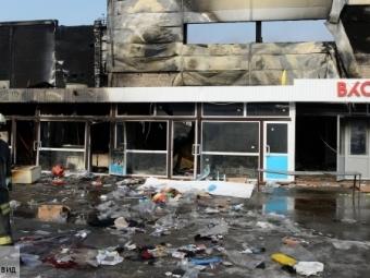 Минздрав поможет пострадавшим при пожаре торгового центра вКазани
