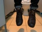 Следователи выясняют, почему 39-летний нижегородец повесился в туалете торгового центра
