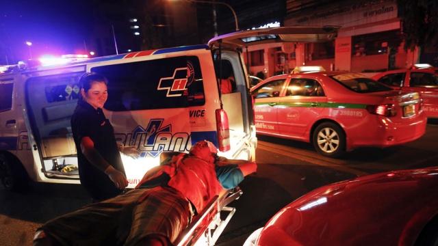 ВТаиланде попал ваварию автобус сроссийскими туристами, есть погибшие