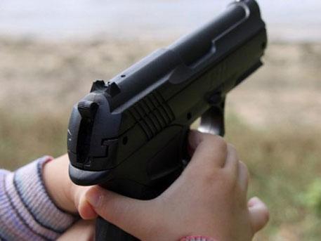 Трагедия вОгайо: трехлетний ребенок застрелил годовалого