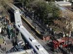 В Буэнос-Айресе поезд врезался в пассажирский автобус