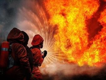 ВСаратове загорелся НПЗ