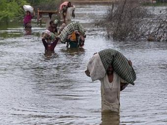 В Пакистане более 300 тыс. человек лишились домов