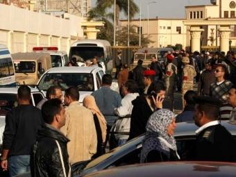 ВКаире при взрыве около полицейского участка погибли три человека