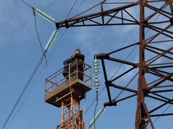 Практически 90 населенных пунктов вНовосибирской области остались без электричества— МЧС