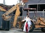 Американка сочеталась браком со складским помещением
