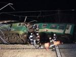 Тринадцать человек погибли при столкновении поездов в Польше