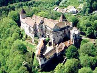 Сгорел один из красивейших замков Чехии