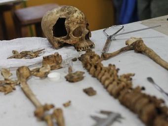 В Перу нашли царскую гробницу с сидящими скелетами