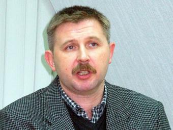 Хоккейный тренер Василий Тихонов трагически погиб, выпав из окна