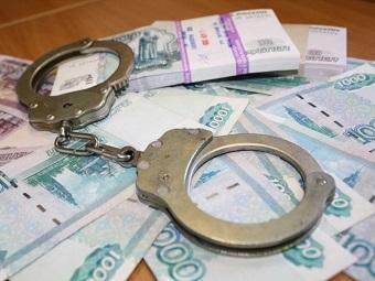 В Астрахани кассир банка за месяц украла более 10 млн рублей