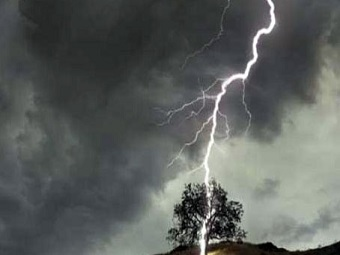 Жителя Техаса ударила молния два раза подряд