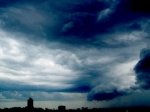 В Китае из-за приближающегося тайфуна «Кроса» объявлен оранжевый уровень угрозы