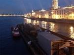 Причиной пожара баржи в Санкт-Петербурге стало возгорание бытовки