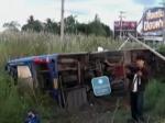Водитель перевернувшегося в Таиланде автобуса уснул за рулём