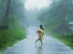 Власти Индии готовят эвакуацию 100 тыс. человек в связи с приближающимся циклоном Хелен