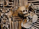 Близнецов обнаружили спустя 3 года после их смерти