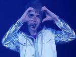 """Звезды проводят кампанию """"Покажите ваши сердца"""""""