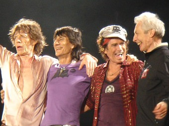 Гитарист The Rolling Stones помог британской радиостанции