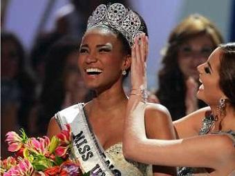 """Красавица из Анголы признана """"Мисс Вселенной 2011"""""""