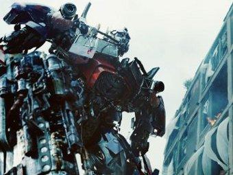 """Компания Hasbro задумала четвертый фильм о """"Трансформерах"""""""