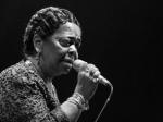 Умерла певица Сезария Эвора
