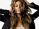 Названы самые популярные знаменитости 2013-го года