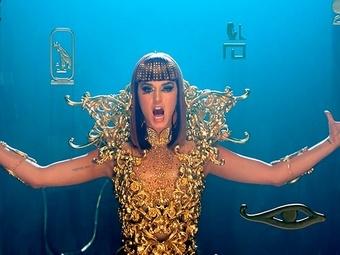 Кэти Перри выпустила клип на песню «Dark Horse»