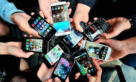 Названы города России, жители которых покупают самые дорогие смартфоны