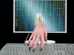 СМИ: КНР отверг обвинения вкраже хакерами персональных данных 4 млн американцев