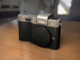 Nikon заявил о выпуске «самой быстрой» фотокамеры в мире