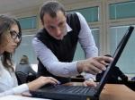Отечественные учителя могут получить российские ноутбуки и планшеты