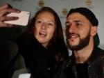 Проходит конкурс «Шестой iPhone за селфи»